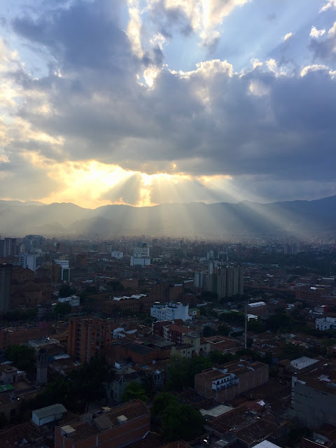 Atardecer en Medellin