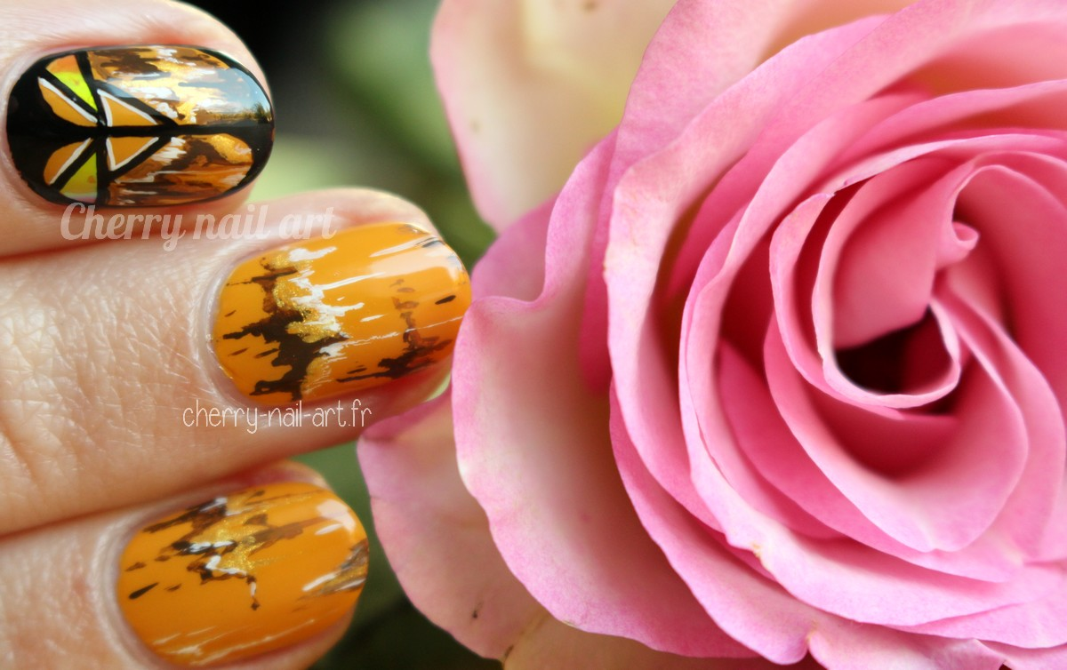nail-art-ethnique-glass-nail-automne