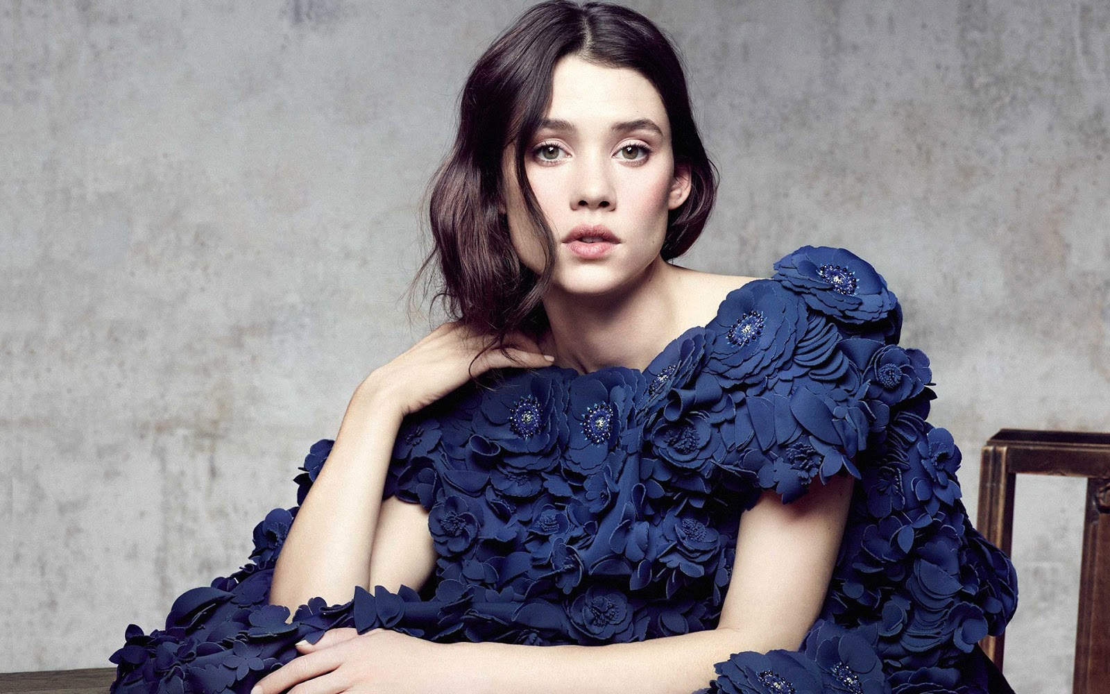 Àstrid Bergès-Frisbey HD Images and Wallpapers - Hollywood Actress