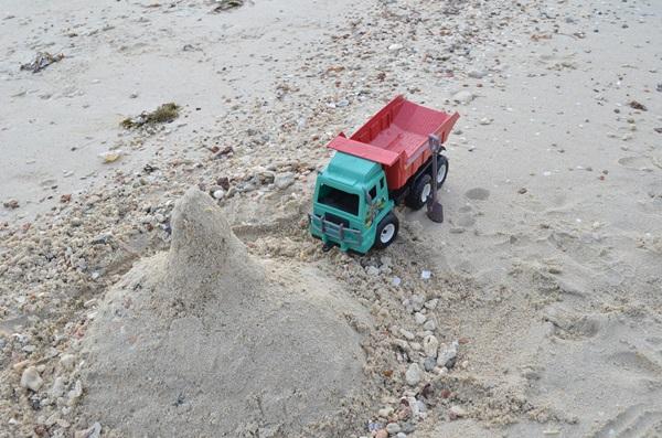 Pantai Trikora
