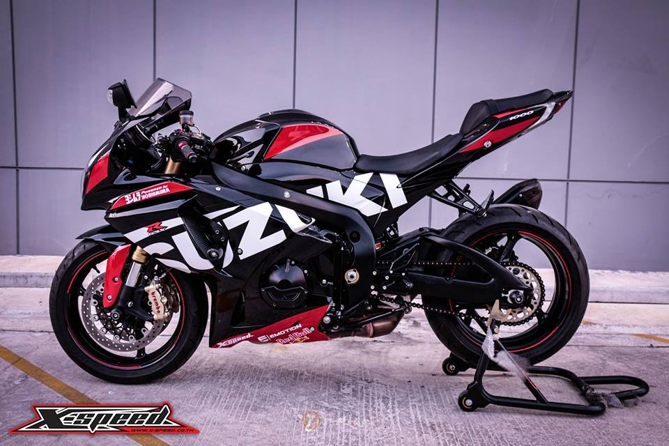 real riders custom suzuki gsx r1000 yoshimura motogp. Black Bedroom Furniture Sets. Home Design Ideas