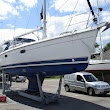Pre-purchase Survey of 1999 Hunter Legend 380 in Chichester Marina