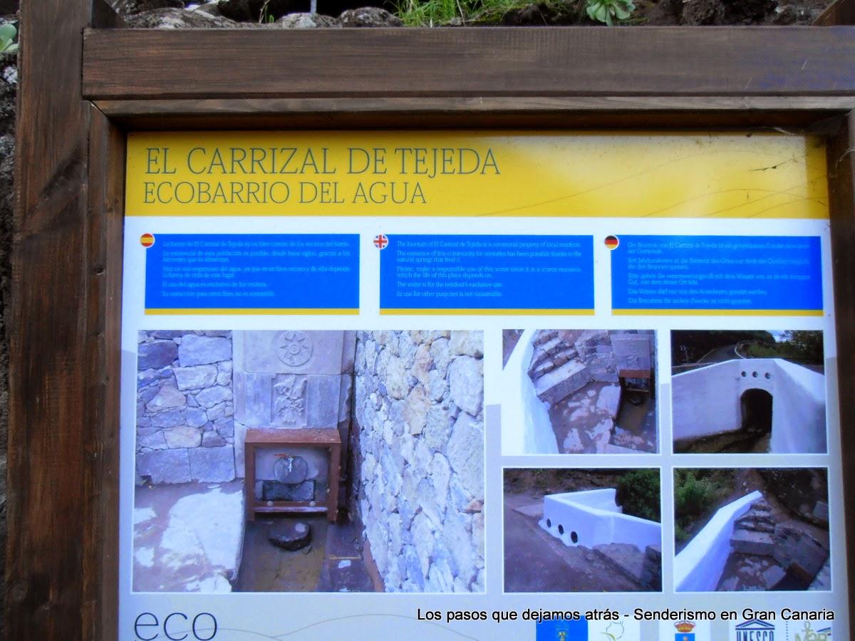 Cartel informativo en Carrizal de Tejeda