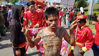 Festival cap go meh kota singkawang
