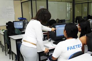 http://vnoticia.com.br/noticia/1985-faetec-amplia-vagas-em-cursos-profissionalizantes