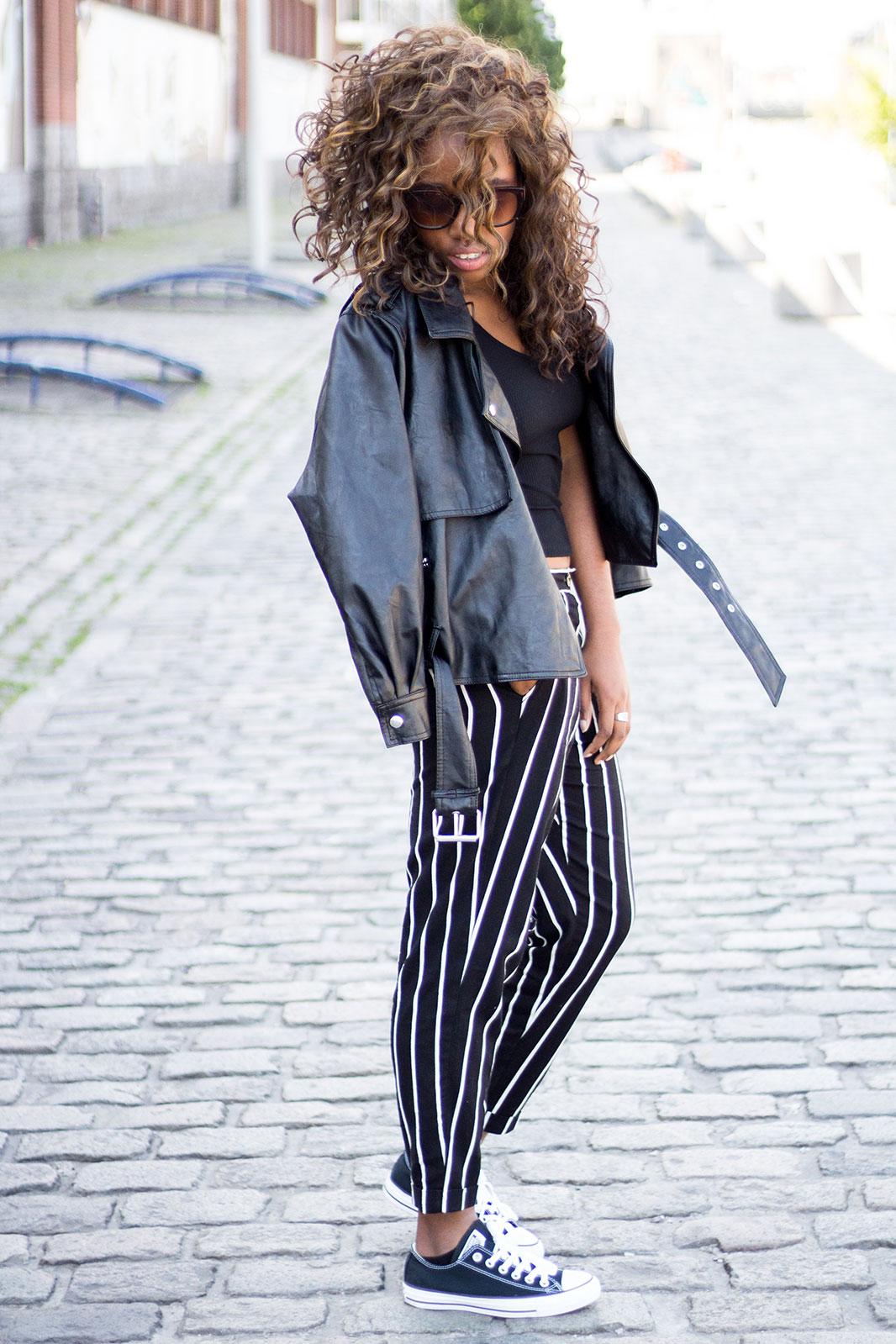Pantalon-raye-noir