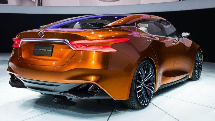 Wallpaper 3: New York Auto Show. Nissan Sport Sedan Concept