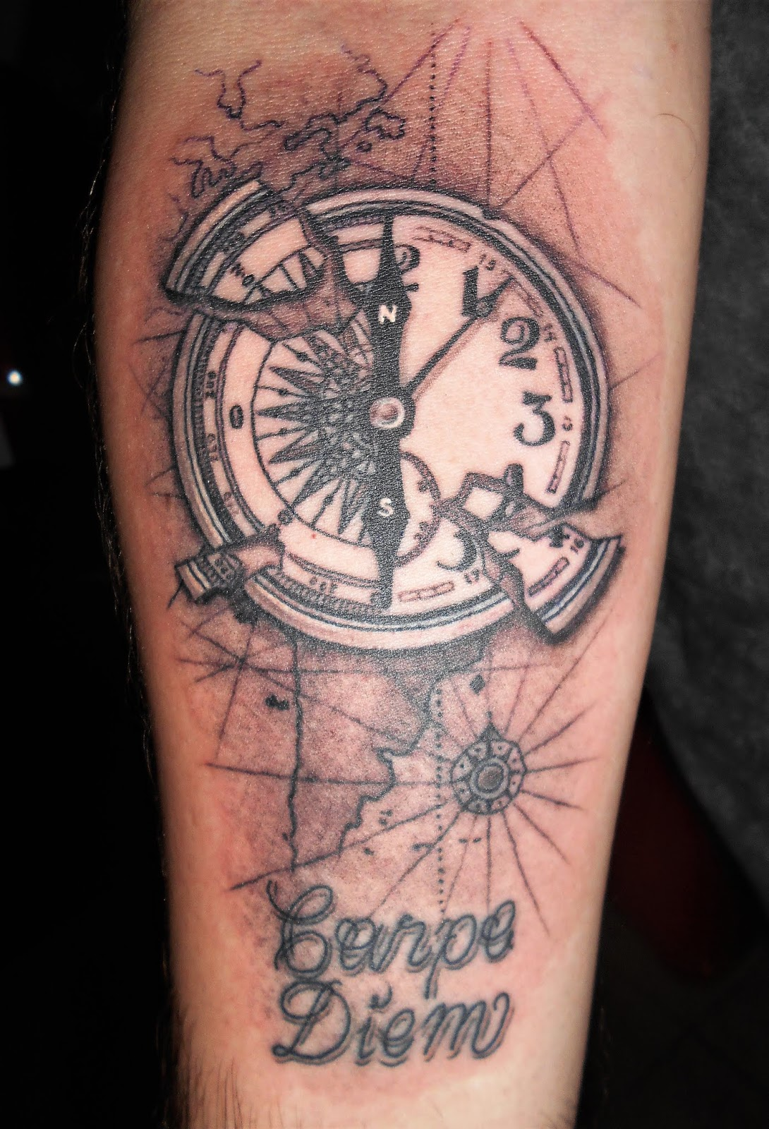 Tatuajes Lfa Tatuaje Brujula Reloj
