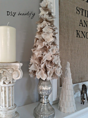 Easy DIY Christmas trees using burlap and drop cloth www.diybeautify.com