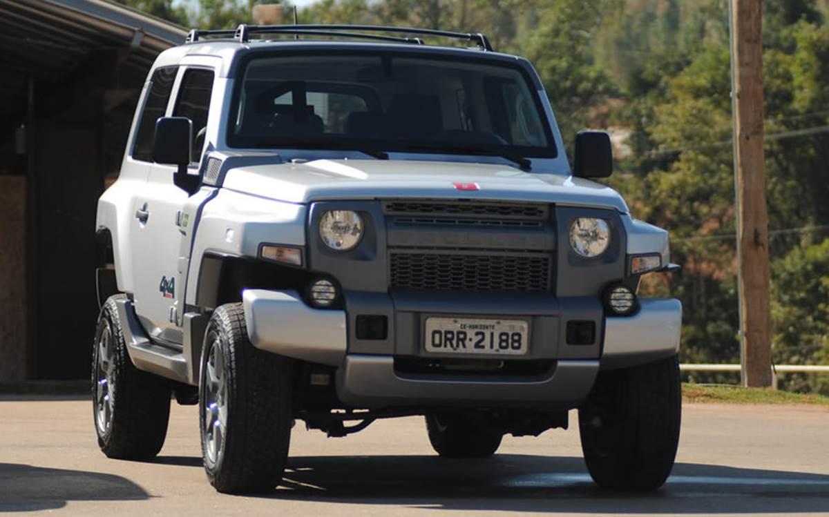 Novo jipe Troller T4 2015: preço parte de R$ 110.900 reais ...