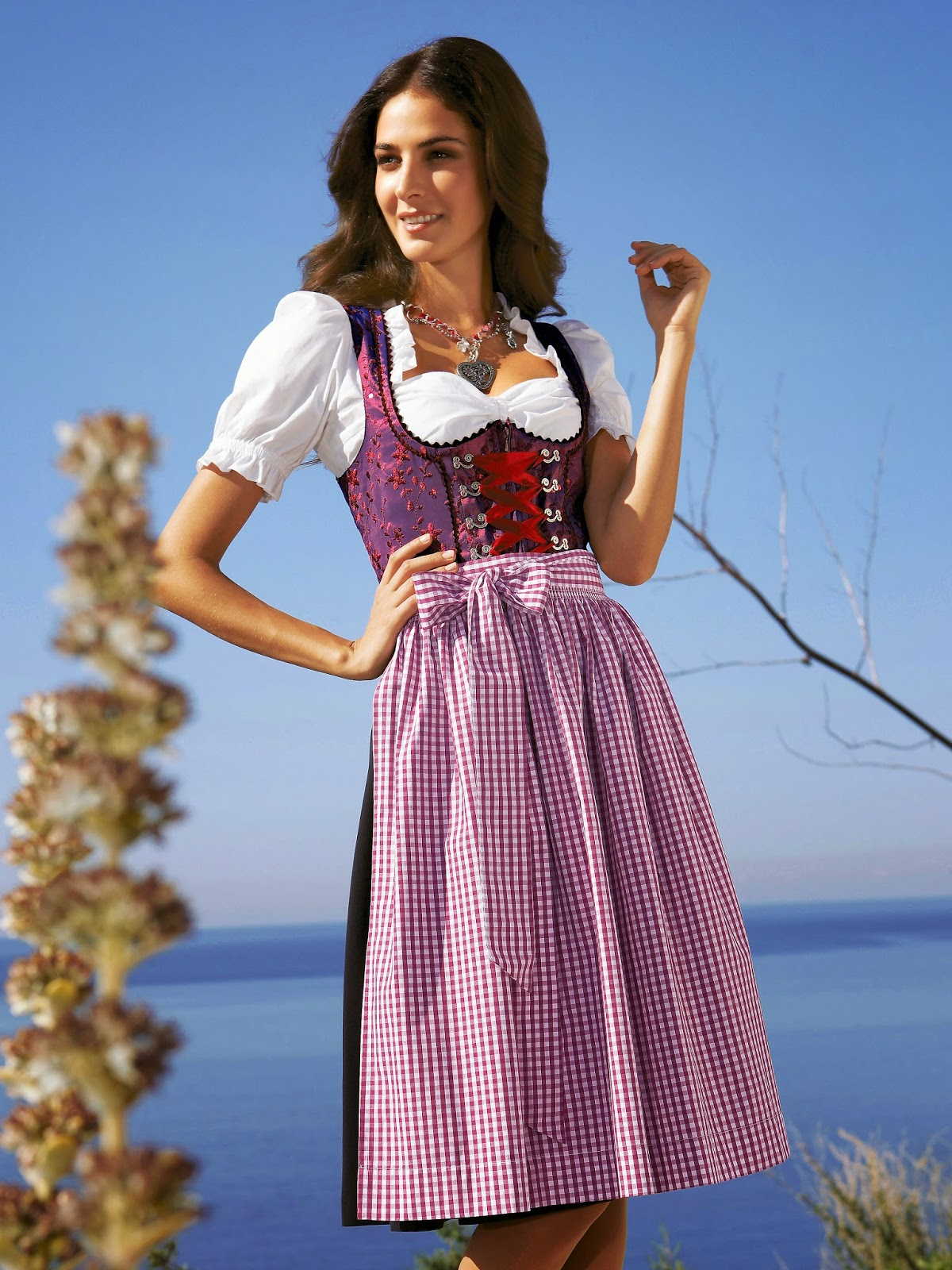 dressoftheday 7 the dirndl