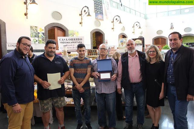 El Ayuntamiento de Santa Cruz de La Palma reconoce la labor de la familia Orribo durante más de 50 años en La Recova