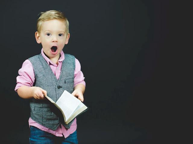 Arti Penting Tersenyum Bagi Seorang Guru Dalam Mendidik Anak Didik