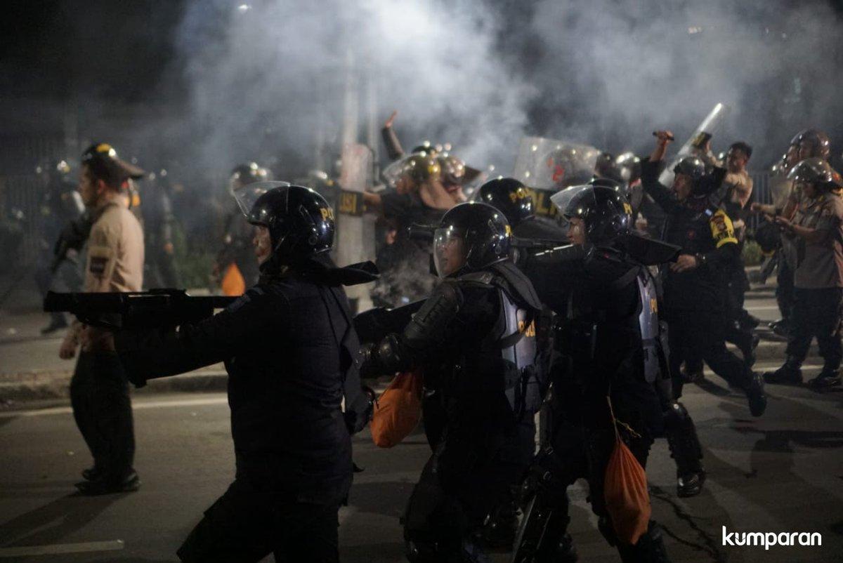 Polisi Akui Tak Pakai Peluru Tajam