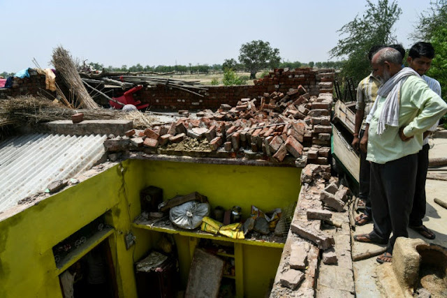 India storm toll of death and devastation rises
