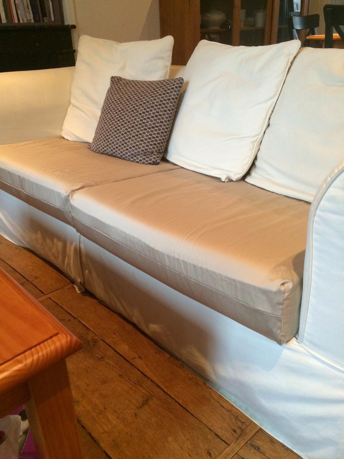 in the mood for joy tuto couture refaire les housses de coussins du canap. Black Bedroom Furniture Sets. Home Design Ideas