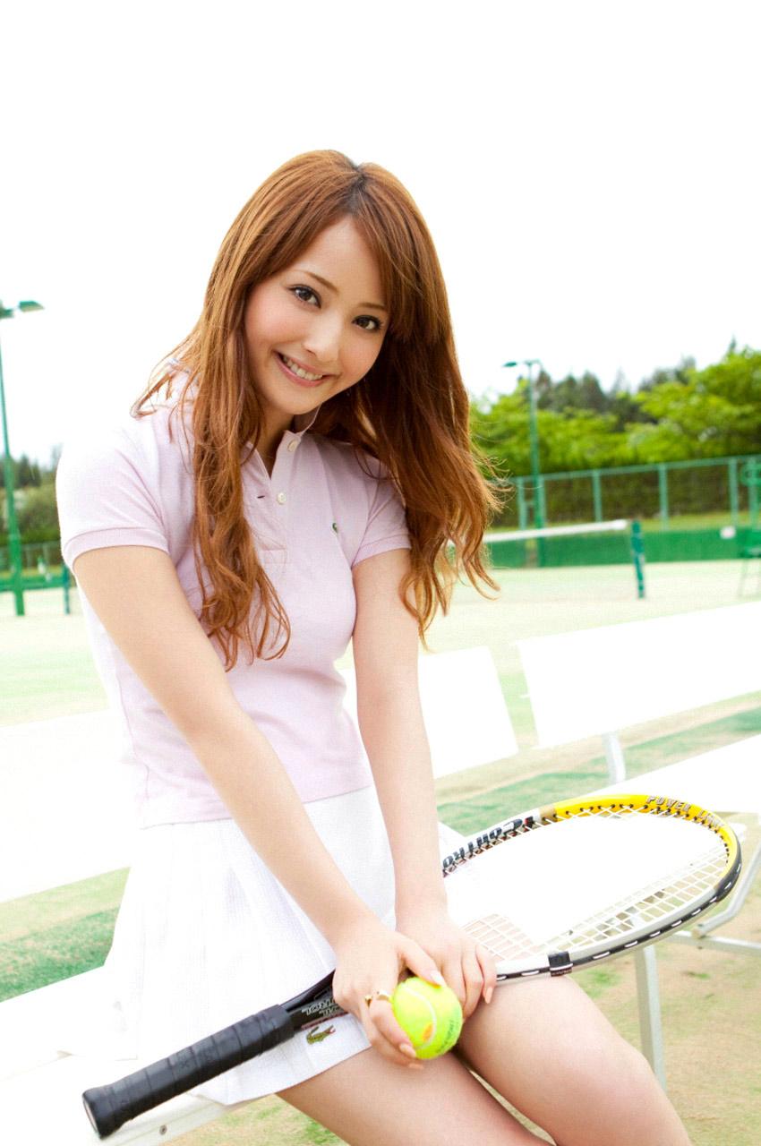 nozomi sasaki sexy playing tennis 01