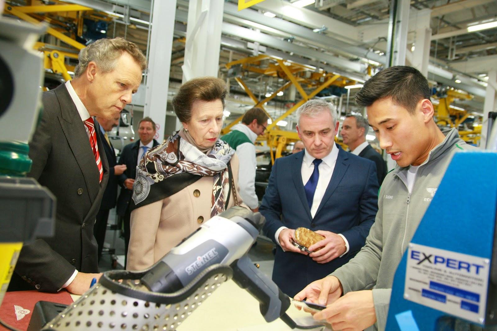Η πριγκίπισσα Άννα ανοίγει νέο κέντρο έρευνας και ανάπτυξης στη Bentley