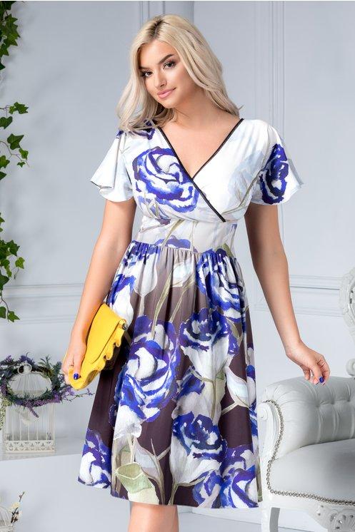 Rochie midi larga de vara petrecuta cu print floral albastru.jpeg