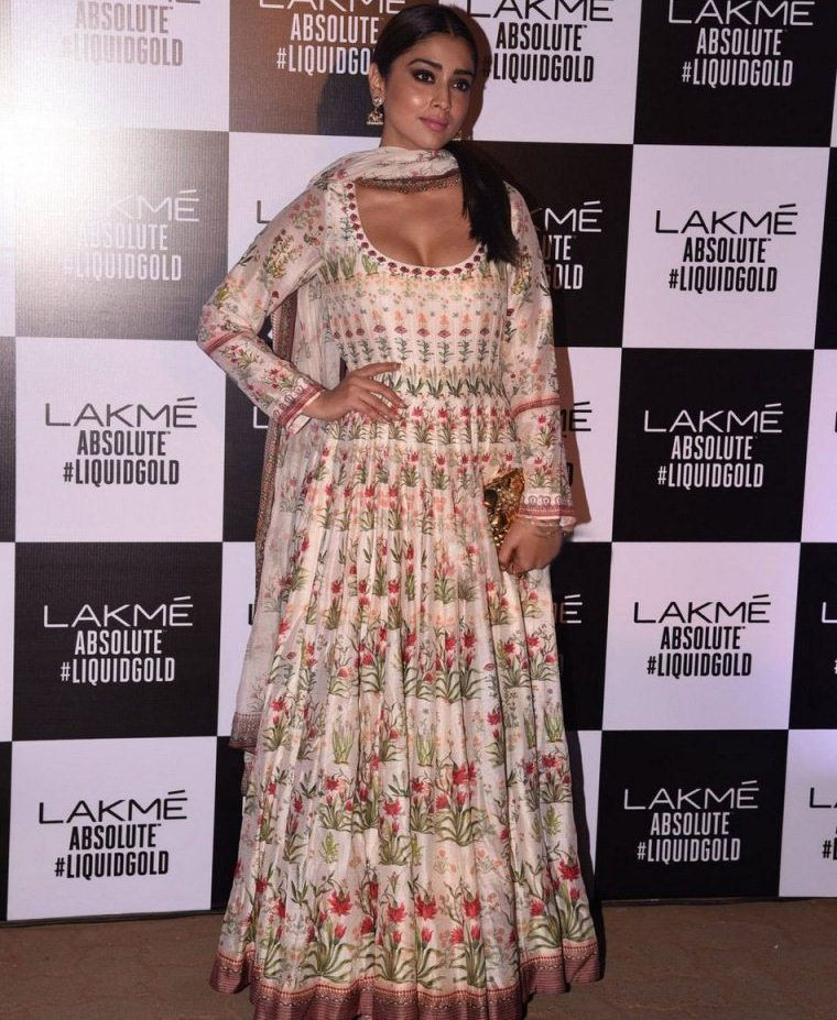 Shriya Saran at Lakme Fashion Week Summer Resort 2017