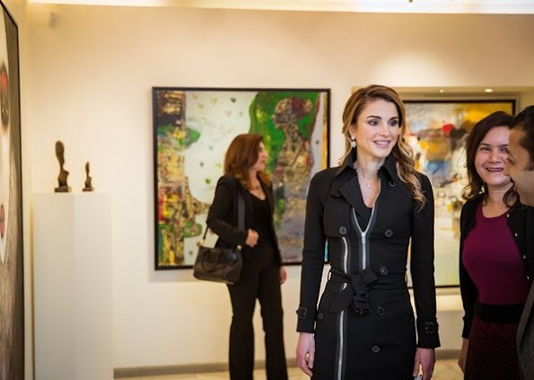 Queen Rania wears valentino dress, Style of Queen Rania, fashions, New to next this season, Winter Dresses 2016 Collection H&M winter dresses