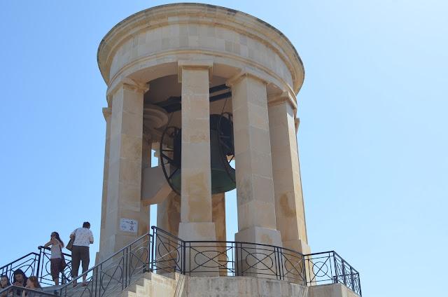 Sino em Memória a Segunda Guerra Mundial (Siege Bell War Memorial)