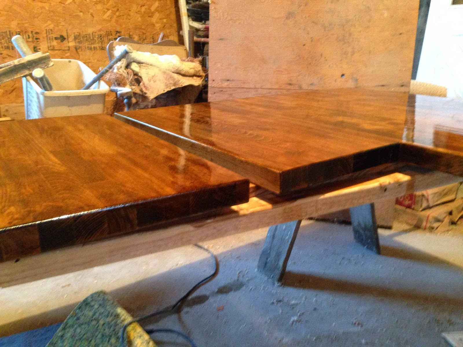 the dabbling crafter diy sunday staining butcher block
