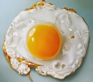 Telur yakni salah satu sumber protein yang baik bagi badan alasannya yakni mempunyai nilai kandung Lebih Sehat Mana, Telur Rebus atau Telur Goreng?