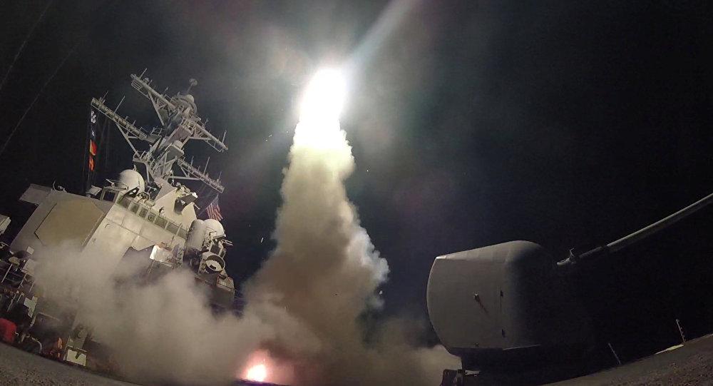 eua-lancam-59-misseis-contra-siria