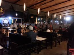 Tempat Wisata Kuliner di Semarang, Angkringan Blendoek