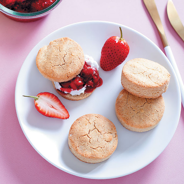 Almond scones with smashed berries