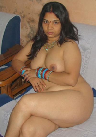 Pakistan Xnxx Mamata Bhabhi Milky Boobs Picture-5664
