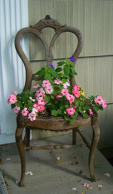 Dishfunctional Designs Upcycled New Uses For Old Chairs