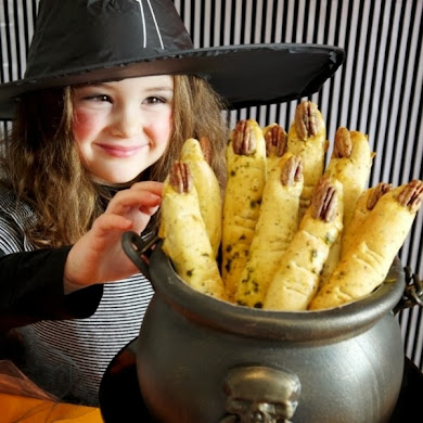 Halloween Witch's Fingers Break Sticks Recipe