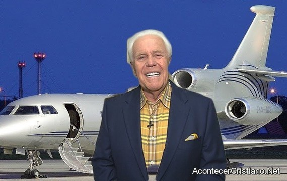 Pastor Jesse Duplantis compra avión