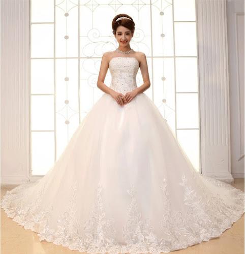 gaun pengantin putih modern depan