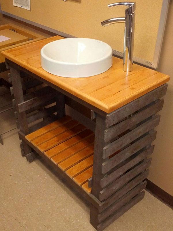los mejores muebles para tu oficina realizados con palets columpios jardin hechos palets