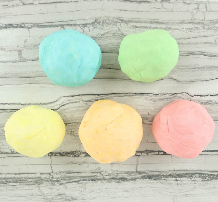 Play Dough DIY- Stays Soft for Months!