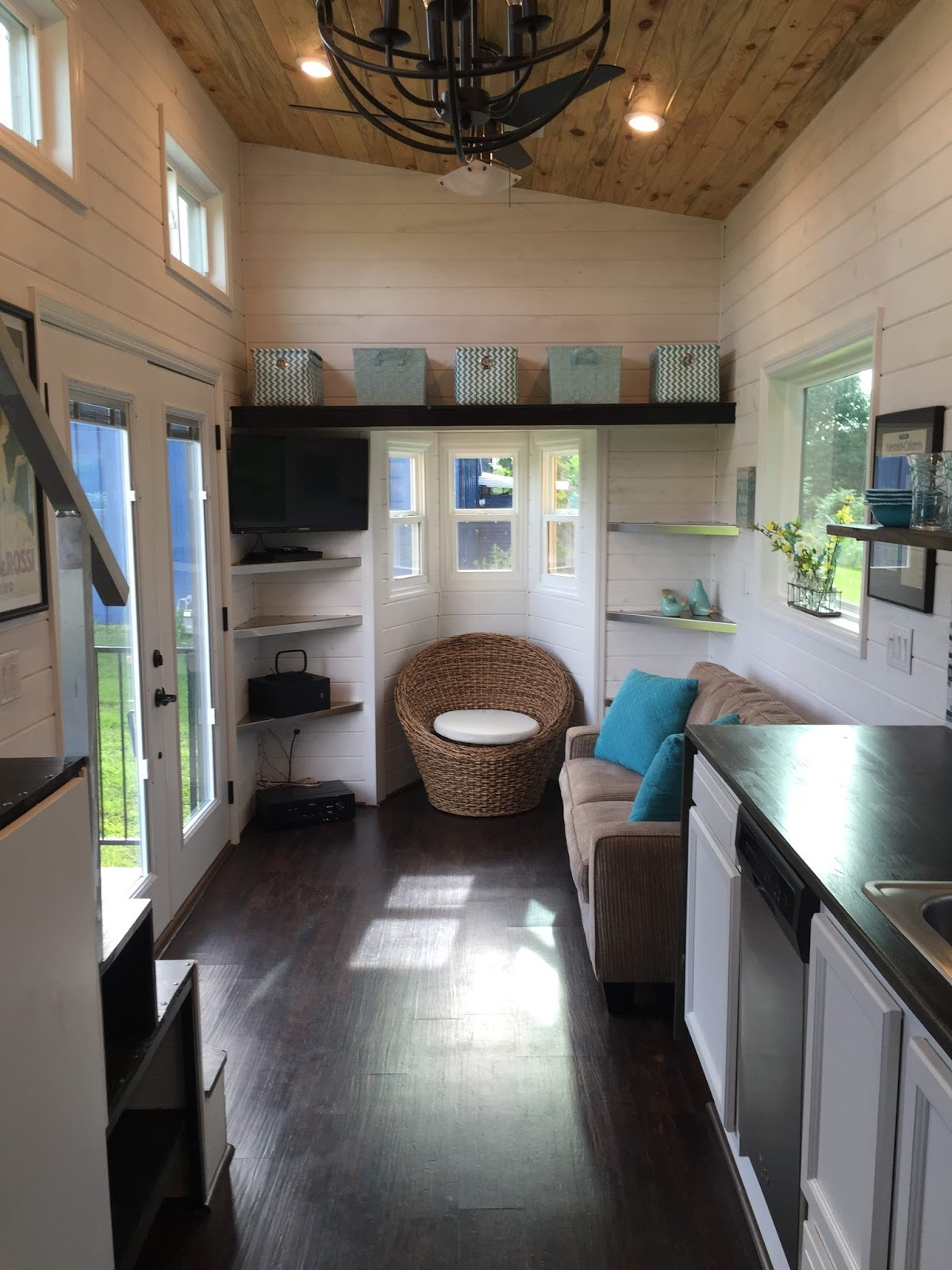 Tiny house town luxurious tiny house in tennessee 280 sq ft Interior pictures of tin homes