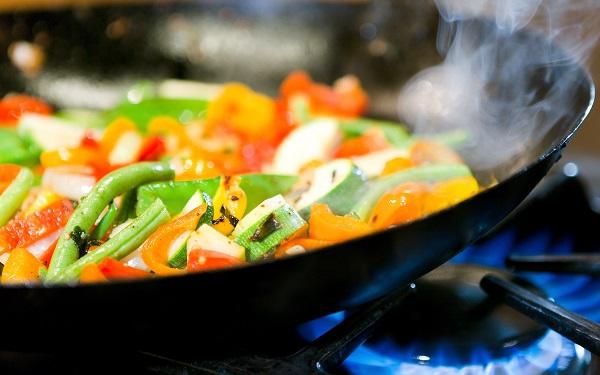 Alimentos que não devem ser preparados com azeite de oliva (Imagem: Reprodução/Boa Forma)