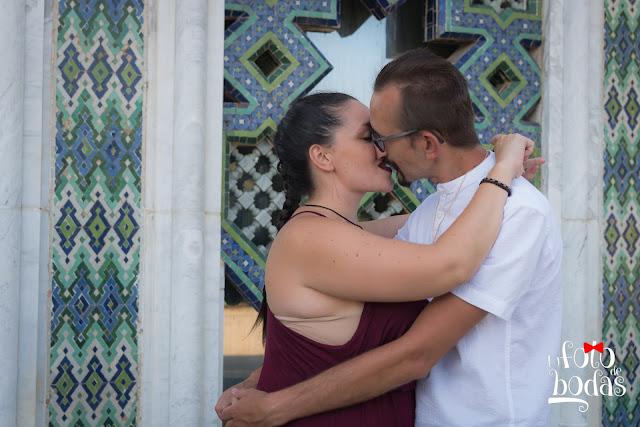 Marta y Paco se besan