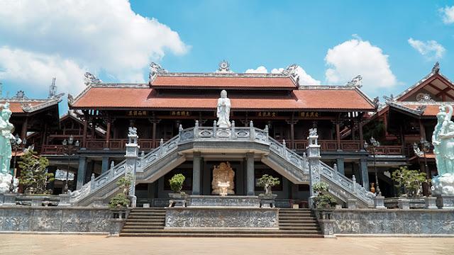 Chùa Khải Đoan nằm ở trung tâm thành phố Buôn Ma Thuột
