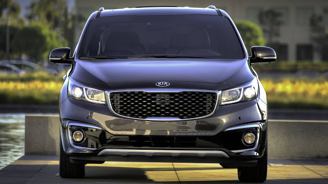 All New Kia Sedona SX Limited 2016 car used front view