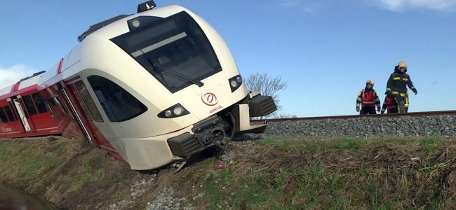 Se descarrila tren en Holanda