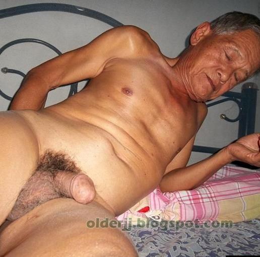 chinese-older-man-naked-photo