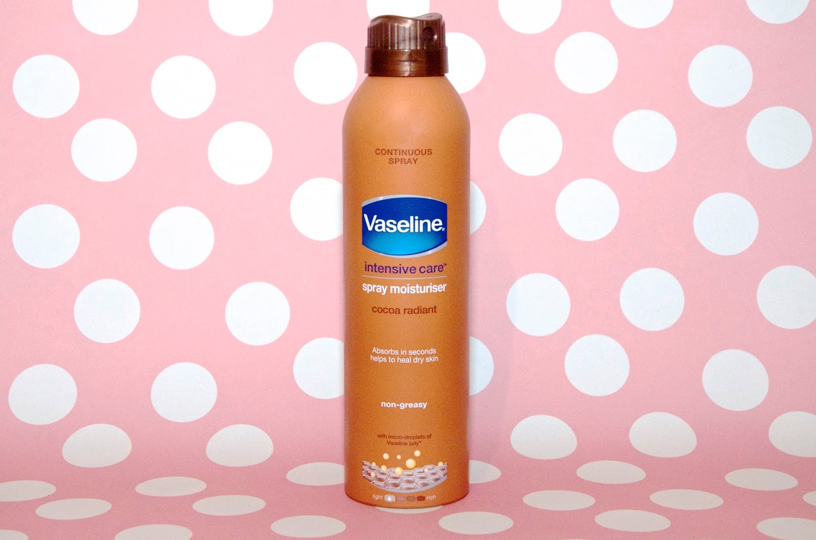 Vaseline Intensive Care Spray Moisturiser in Cocoa Radiant