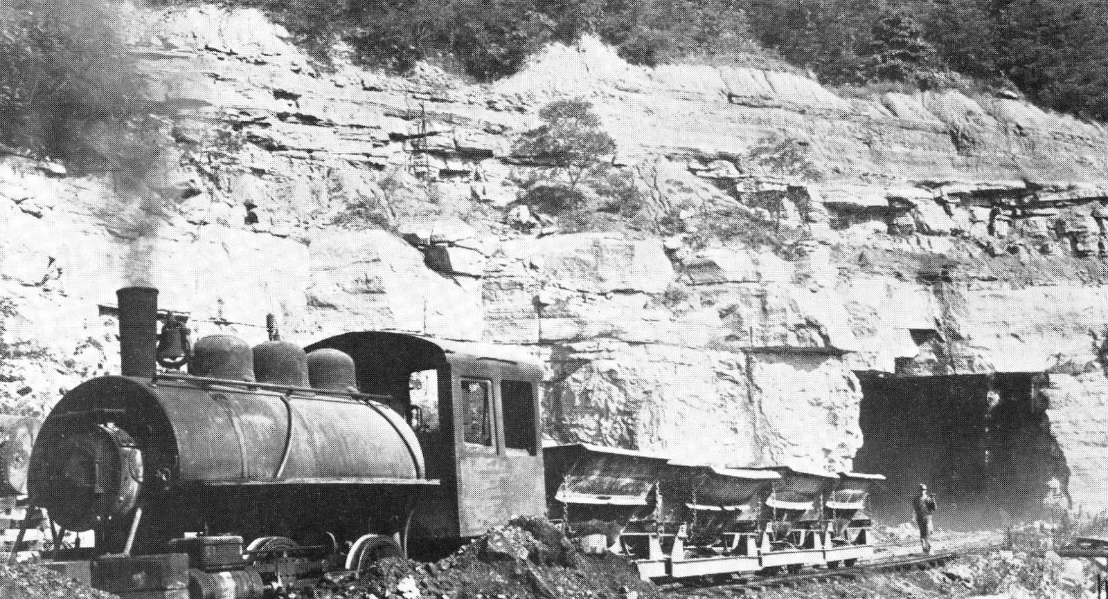 Model Railroad Minutiae: Limestone mining 1939