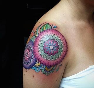 tatuaje mandala mujer 13