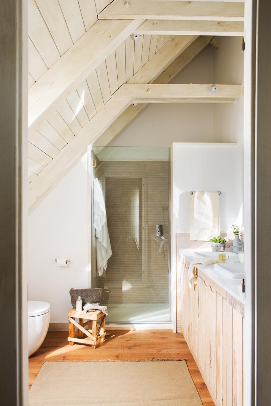 Naturalne dodatki i skandynawska prostota - wystrój wnętrz, wnętrza, urządzanie mieszkania, dom, home decor, dekoracje, aranżacje, styl skandynawski, naturalne dodatki, drewno, żółty, musztardowy, salon, kuchnia, sypialnia, otwarta przestrzeń, dom drewniany, białe wnętrza