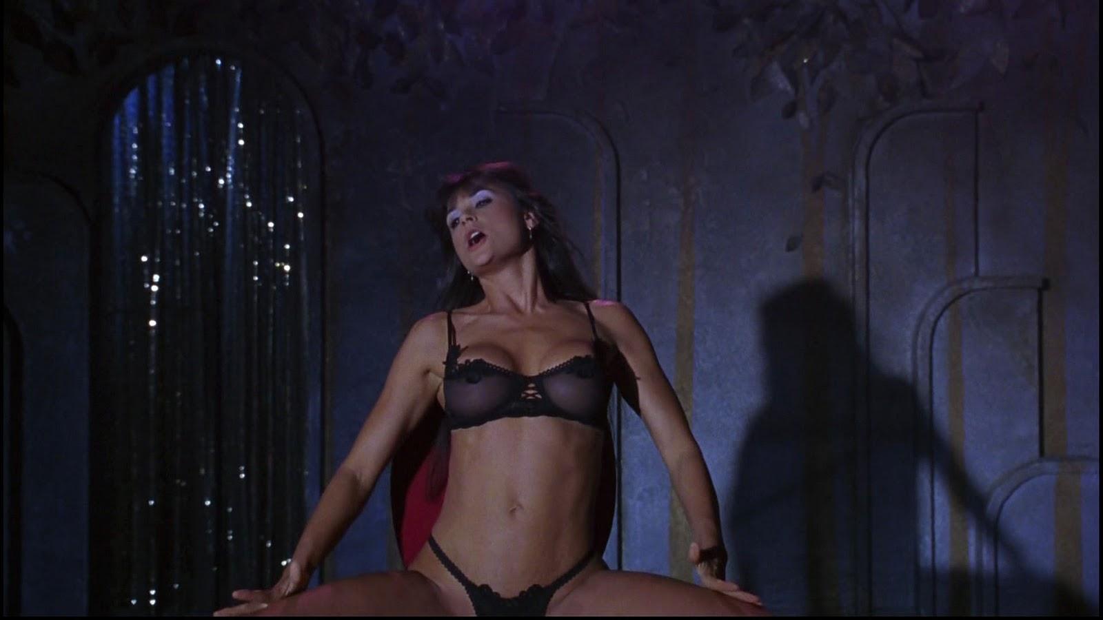 Demi Moore Nude In Striptease Hd
